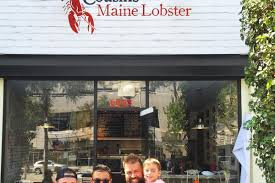 Cousins Maine Lobster Brings Giant Seafood-Filled Martini Glasses To ...