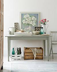 Have You Realized How Original Is To Use For Decoration Pretty Vintage Kitchen Items Like Furniture And Cookware I Mean Cute Little Bottles Wooden Crates
