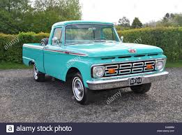 100 1964 Ford Truck F100 Classic American Pick Up Truck Stock Photo 62831992
