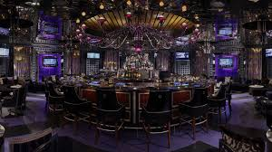 Las Vegas Bars - Hot Spots, Lounges & Nightlife - GVR Resort ... 20 Sports Bars With Great Food In Las Vegas Top Bar In La Best Vodka A Banister The Intertional Is Located By The Main Lobby Tap At Mgm Grand Detroit Lagassescelebrity Chef Restaurasmontecarluo Hotels Macao Where To Watch Super Bowl Li Its Cocktail Hour To Go High Race Book Opening Caesars Palace Youtube With Casinoswhere Game And Gamble Sin Citytime Out Beer Park Budweiser Paris Michael Minas Pub 1842