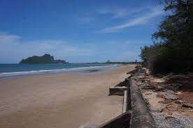 100 Absolute Beach Front SL94016 Beachfront Land In Prachuap With Amazing