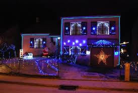 decoration noel facade maison décoration de noël déco écolo