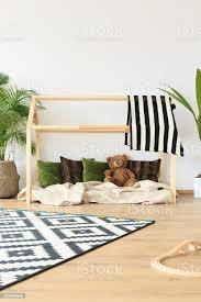 verträumte minimalistischen kinderzimmer stockfoto und mehr bilder babyzimmer
