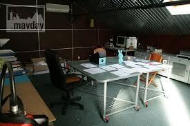 bureau atelier modern office in a workshop clav0029 agence mayday scouting