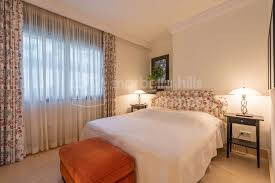 hervorragende 3 schlafzimmer dachgeschoss wohnung mit meerblick in los monteros hill club marbella ost
