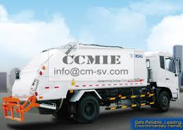 PLC Rear Loader Automated Garbage Trucks , Self Compress Waste ...