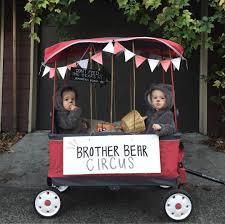 DIY Kids' Halloween Costumes | Radio Flyer