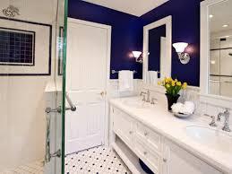 royal blue bathroom décor makes your bathroom more beautiful