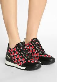 Hauptmerkmale Schwarz Love Moschino Damen Schuhe LO911A00Z Q11 HEART TRAINER Sneaker Low Innenliegender Keilabsatz