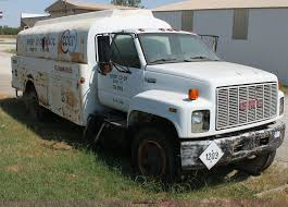 1990 GMC TopKick Fuel Delivery Truck   Item H7316   SOLD! Oc... 4000 Gallon Water Tank Ledwell 2001 Intertional 4900 Fuel Delivery Truck Item Aw9101 Fuel Oil Bread Truck For Sale Lease Or Purchase Bakery Ups Will Deploy Its First Rex Electric Hydrogen Cell Delivery 1990 Gmc Topkick H7316 Sold Oc Browse Our Bulk Feed Trucks Trailers For Sale Ledwell Lube Trucks Western Cascade Top Safety Auman Tanker Foton 8x4 Dimeions Sze Optional Capacity 20 Cbm Recently Delivered By Oilmens Tanks