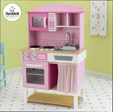 cuisine bois fille cuisine cuisine fille en bois cuisine design et décoration photos