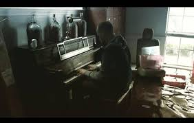 Sinking Deep Piano Easy by Hurricane Harvey Man Returns To Flooded Home To Get Kids U0027 Toys