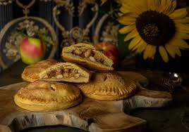 apfeltaschen pies mit veganem mürbeteig