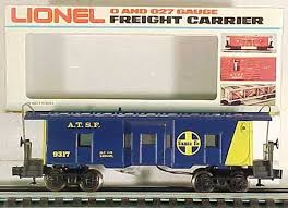 Lionel 6 9317 ATSF Blue & Yellow Bay Window Caboose 9317