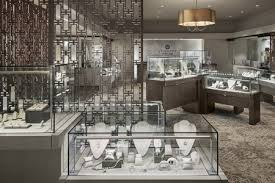 Jewelry Showcases Specialty Retail Display Cases