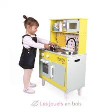 cuisine janod day big cooker janod 6564 wooden kitchen made by janod