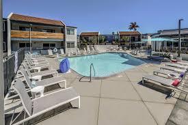 100 Stoneridge Apartments La Habra Ca Near UC Irvine College Student