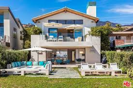 Clifftop House In Pacific Palisades Los Angeles by Malibu Real Estate Malibu Information Luxury Homes Los Angeles