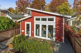 100 A Modern House Spacious Lane Smallworksca