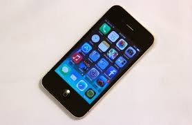 New lease on life or sentence iOS 7 on the iPhone 4