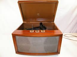 vintage 1950 s magnavox old england collaro record player