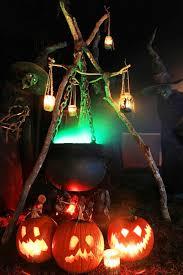 Motion Sensor Halloween Decorations Uk by 26 Stunning House Halloween Decorations Ideas Halloween