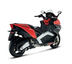 Aprilia Unveils SRV 850 Maxiscooter MotorcycleDaily