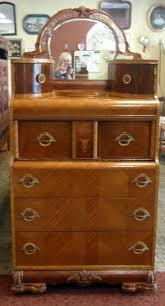 Vintage Vanity Dresser Set by Best 25 Waterfall Furniture Ideas On Pinterest Refurbished