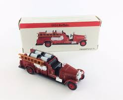 1924 Buffalo Red Fire Truck Die Cast Collectible By Readers Digest ...