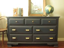 Storkcraft Dresser And Hutch by Secret Trick To Get Nice Dresser As Changing Table U2014 Thebangups Table