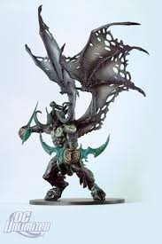 Illidan Demon Form Deluxe Collector Figure