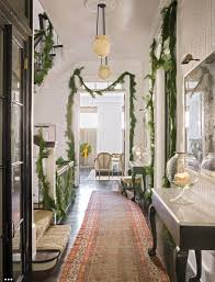 100 Carter Design A Christmas Decorated Townhouse By Darryl