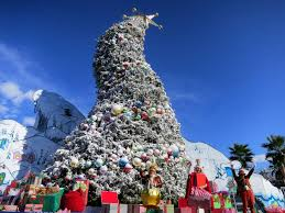 Whoville Christmas Tree by Best Towns For Christmas 6 Destinations That Go All Out Orbitz