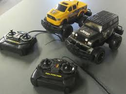 2 Remote Control Trucks / Jeep & Ram / UNTESTED As Is Yikeshu C14 Rc Trucks 4wd Remote Control Offroad Racing Vehicles 1 Rc Adventures River Rescue Attempt Chevy Beast 4x4 Radio Kingtoy Detachable Kids Electric Big Truck Trailer 112 40kmh Off Road Car High Set Of 2 Softnchubby Swiss Colony Gizmo Toy Ibot Monster Truck Scania Gets Unboxed Loaded Dirty For The First Time 118 Scale Vehicle 24 Aliexpresscom 9125 24g 110 Velocity Toys Rock Crawler Performance Hail To King Baby The Best Reviews Buyers Guide