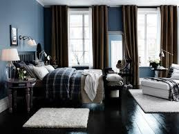 chambre adulte peinture decoration peinture bleu gris pigeon rideaux marron meubles bois
