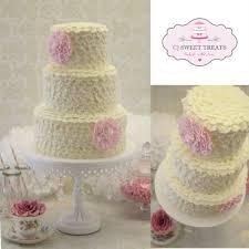 Rustic Ruffled Buttercream Wedding Cake