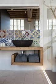 meuble de cuisine dans salle de bain idée décoration salle de bain le meuble sous lavabo salle de