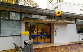 bureau de poste ris orangis les agents du secteur de ris orangis en grève jeudi