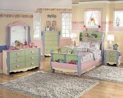 Ashleys Furniture Bedroom Sets by Awesome Ashley Furniture Dollhouse Bedroom Set Gallery Trends