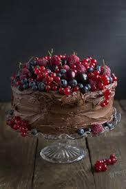 bester schokoladen kuchen mit früchten schokoladen kuchen