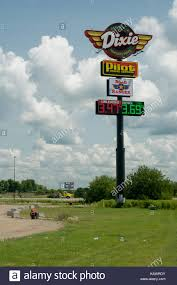 Dixie Truck Stop On Route 66 Stock Photo: 161607095 - Alamy