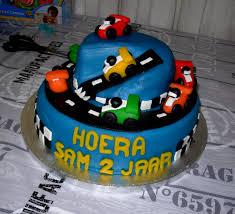 geburtstag auto torte für enkelkind sam foto bild kinder