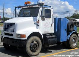 Moving Truck: Mobile Home Moving Truck Equipment For Sale Tni 2018 Isuzu Ftr Review Ielligent Labor And Moving Moving Trucks For Sale Used 2013 Intertional 4300 Truck In New Jersey 2000 Freightliner Fl60 Box Truck For 226287 Miles Phoenix Free Wc Real Estate Freightliner Straight Trucks 255m Refrigerator Small Size Fxible Supreme Cporation Bodies Specialty Vehicles U Haul Video Rental How To 14 Van Ford Pod 2019 Ny 1017