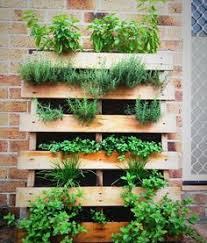 Pallet Garden Planter Idea