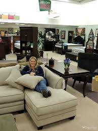 Raymond And Flanigan Sofas by Design Planning For Our New Living Room Rfbloggers Cozy Country