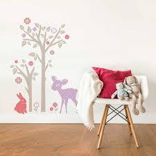sticker chambre bébé fille sticker mural lapin faon et arbre motif enfant fille pour
