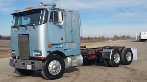 Peterbilt 362 Cars For Sale Lights Out California Car Hauler Kc Whosale The Classic 379 Peterbilt Photo Collection You Have To See Peterbilt Trucks For Sale In Phoenixaz 2017 389 Flat Top 550hp 18 Speed 23 Gauges Owner 2016 Used 587 At Premier Truck Group Serving Usa 1994 Custom Rig Nexttruck Blog Industry News Home Of Wyoming Trucks For Sales Sale Provencal Trucking First Of Cadian 150 Anniversary Edition White Pearl Operator