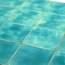 blaue blaue fliesen für das badezimmer