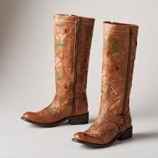 ANISE FLOWER BOOTS The soft and thoughtful shades of the season s