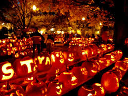 10 Best Jack O Lantern Displays U2013 The Vacation Times by 65 Best These Are A Few Of My Favorite Things Images On Pinterest